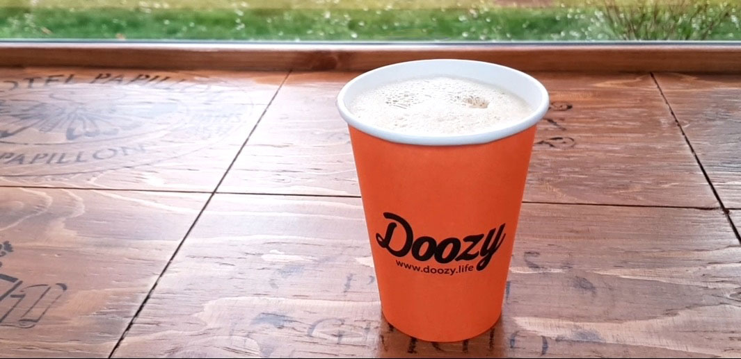 Doozy coffee cup with latte